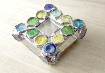 簡単ピッタリ☆ふた付きステンドグラス小物ケースの作り方